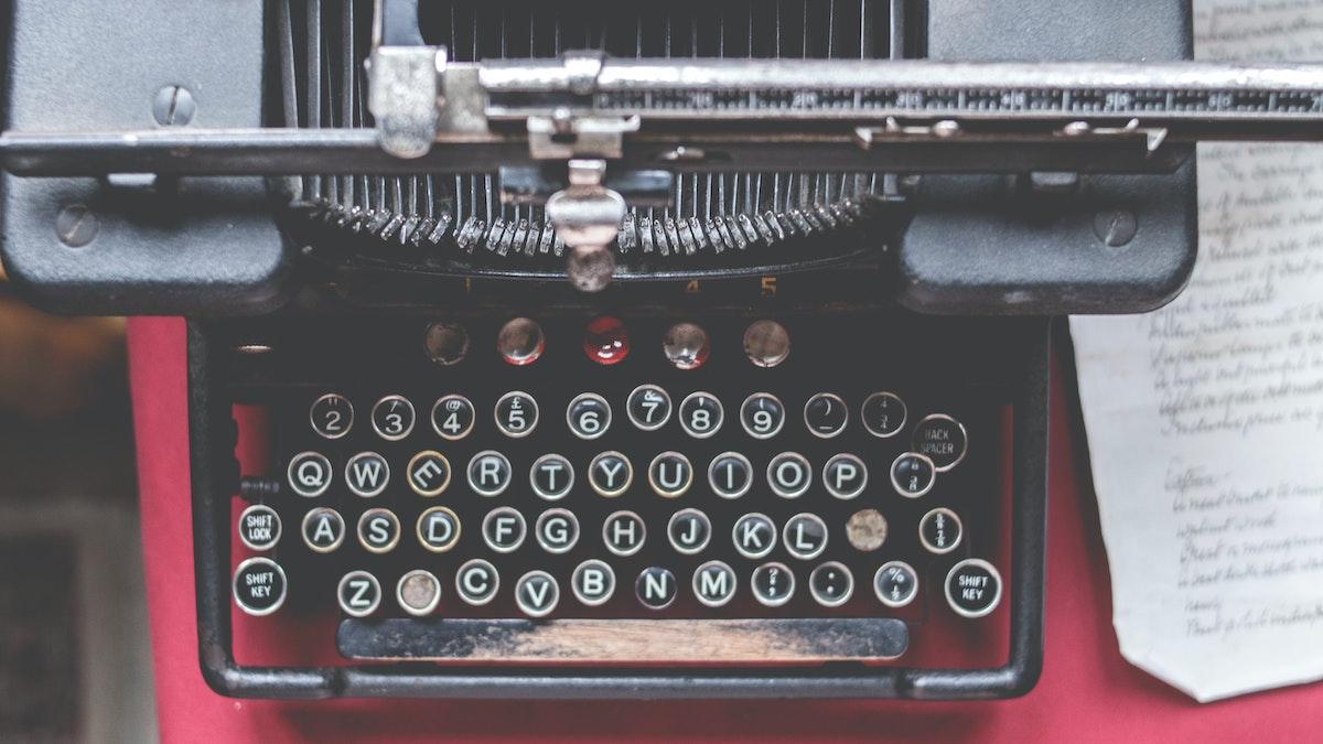 vintage looking typewriter